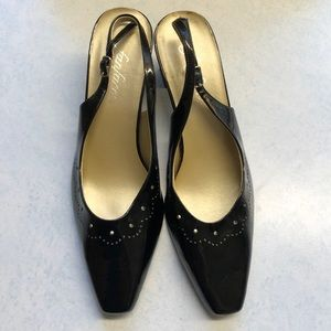 Black FanFares pumps